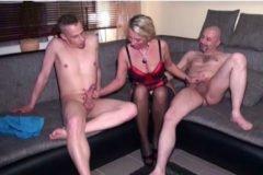 Hármas szex HD pornóvideók
